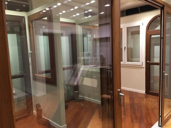 SHOWROOM DI MILANO VIA PERGOLESI 29